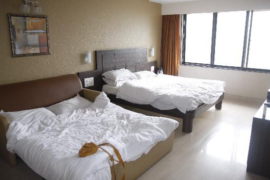 Saket Plaza: bedroom