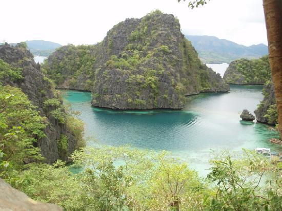 Coron, Filipinler: Top view before Kayangan Lake