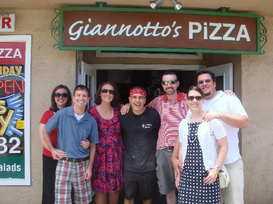 Giannotto's Pizzaria: Our group at Giannotto's pizza with the owner