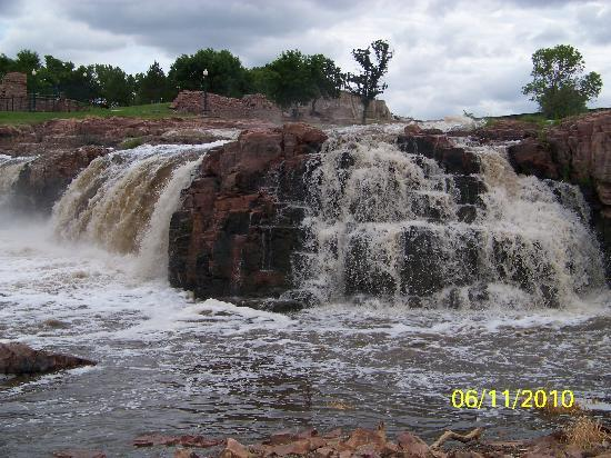 Falls at Falls Park, Sioux Falls, SD