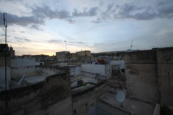 Dar Houdou Guest House: View from the top terrace