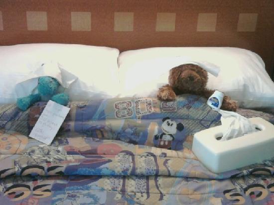 Disney's Pop Century Resort : sick bears!!!