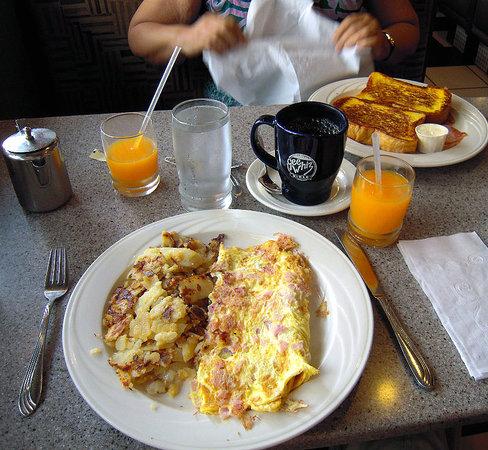 Gee Whiz Restaurant: Yummy breakfast at Gee Whiz!