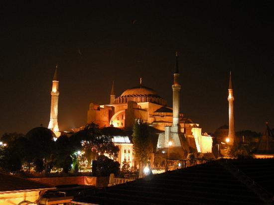 Turk Art Hotel: Santa Sofia - Vista notturna dalla terrazza