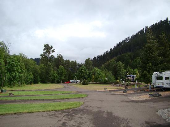 Casey's Riverside RV Park: from our rv site looking at the surrounding hills