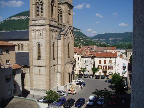 Ibis Millau : View from Ibis