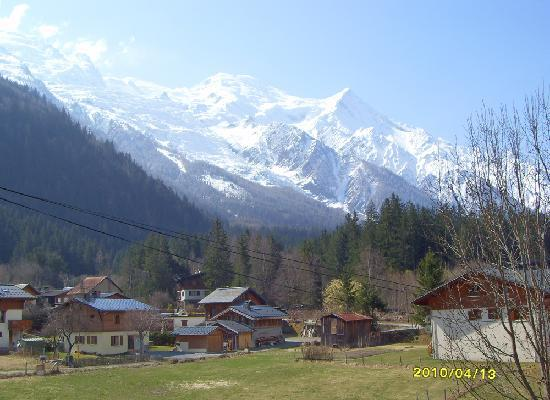 Chalet Blanche : A view from a bedroom