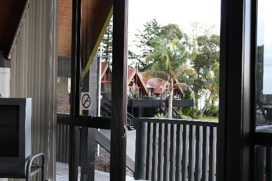 Coastal Motor Lodge: View looking out