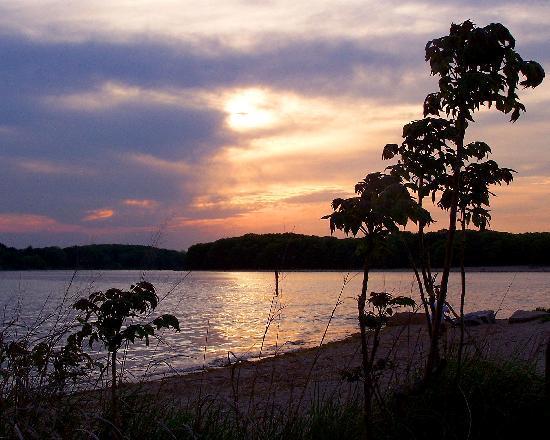 Beaches Closed Rhode Island