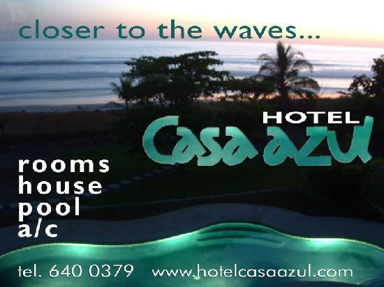 Hotel Casa Azul: night view to pool and ocean