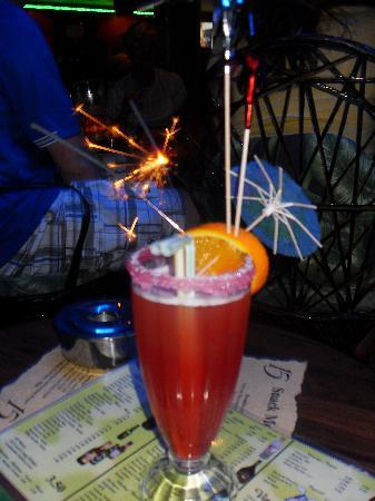 Pieros Music Cafe: Serve a large variety of tasty cocktails that come with sparklers