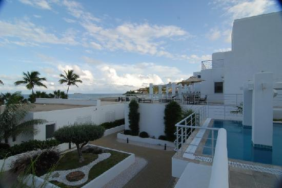 Coral Beach Club Villas & Marina: the garden area