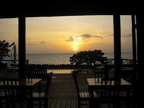 Cocolobo: Sunset from the bar