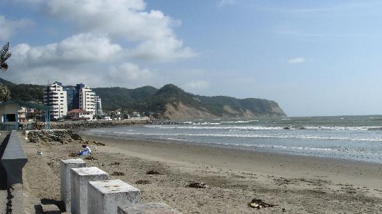 Hotel La Herradura: Bahia from the beach in front of hotel