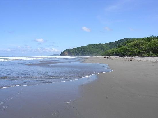 Parque Maritimo el Coco: Playa 02