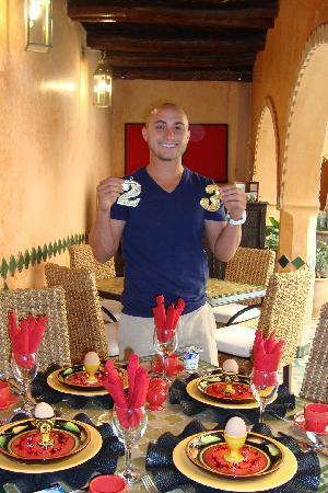 Riad Amirat Al Jamal: Surprise Birthday Breakfast for Alex