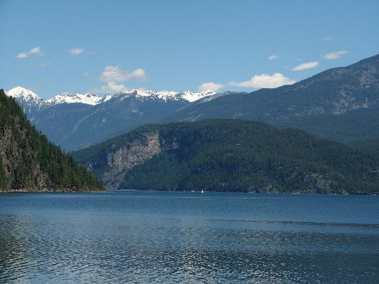 Kaslo Motel : this is the view - 5 minutes from the motel