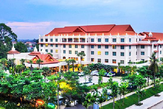 Sokha Angkor Resort: Main Building