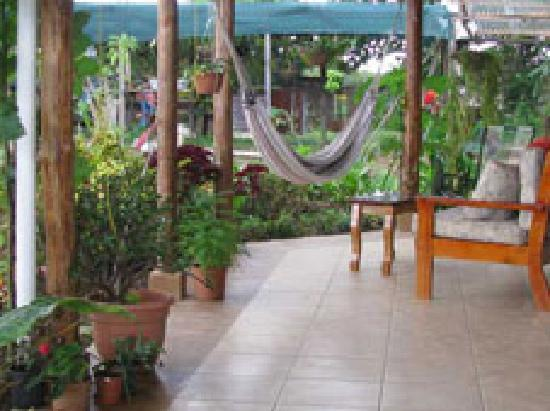 Finca Paz y Flora: in the common living space