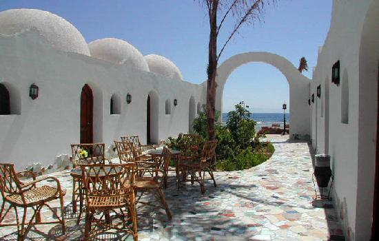 Ghazala Hotel: beautiful cafe inside