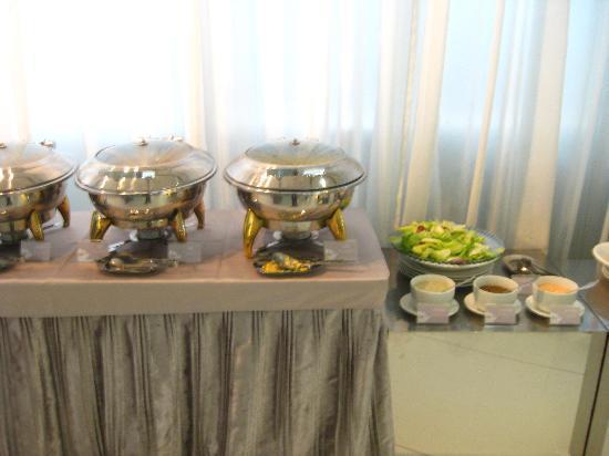 Ambience Hotel: Frühstücksbuffet