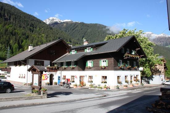 Partenen, Áustria: Pension Backstuba in herrlicher Lage