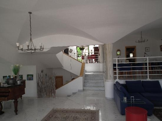 Villa St Maxime : Villa Interior