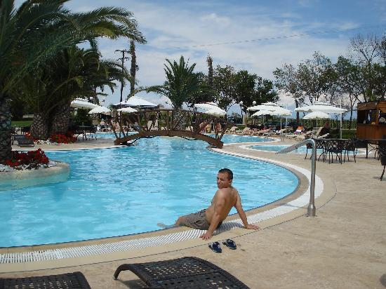 Paralia Katerinis, Yunanistan: The pool