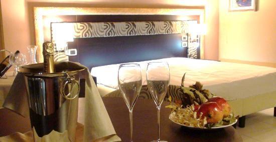 Santa Tecla, Italy: Dine&Room