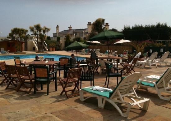 TLH Carlton Hotel: Sunbathing Terrace