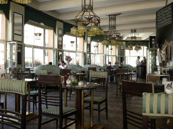 Grand Cafe Orient: interior