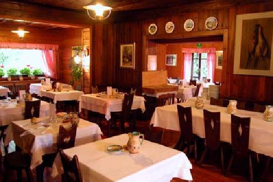 Sala da pranzo foto di hotel villa anna maria champoluc - Foto sala da pranzo ...