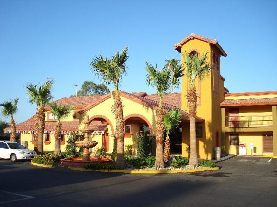 Goodyear, Аризона: entrée