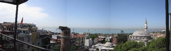 Ada Hotel Istanbul: Panoramic view from breakfast
