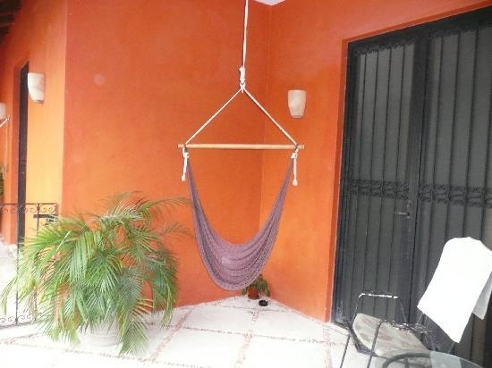 Luz En Yucatan: Hammock outside room