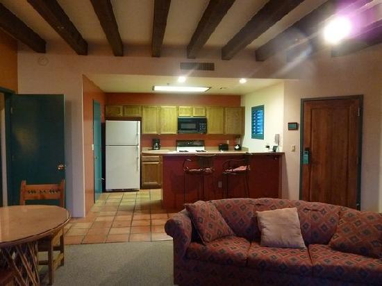 Starr Pass Golf Suites: Küche
