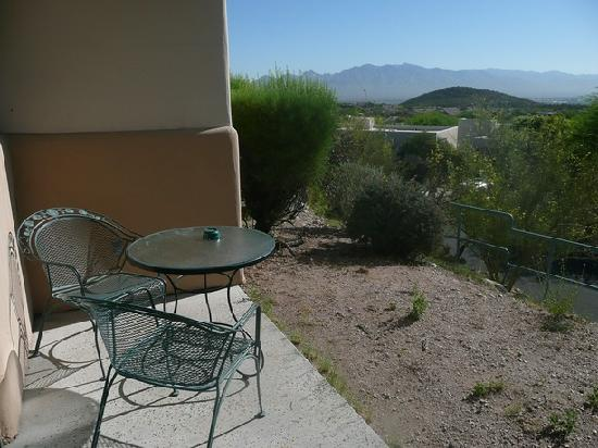 Starr Pass Golf Suites: Terrasse