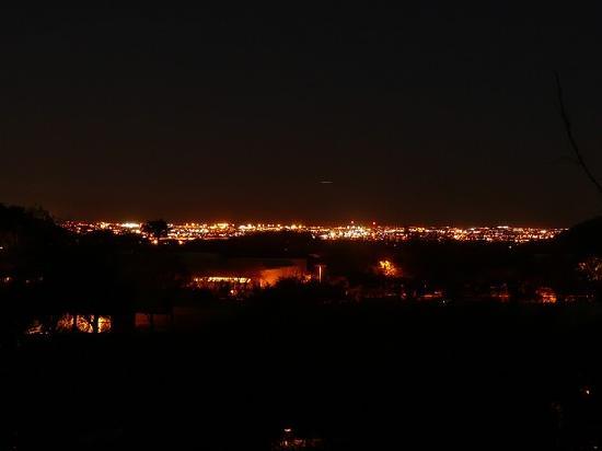 Starr Pass Golf Suites: Abendlicher Blick auf Tucson