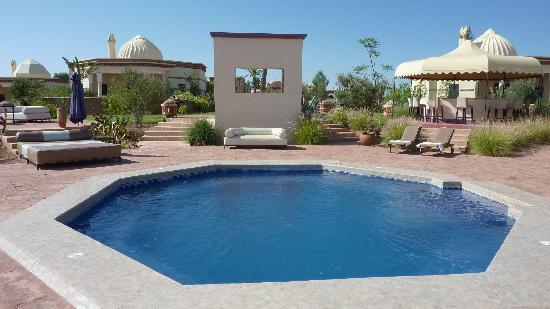 Rose Garden Resort & Spa: Le jacuzzi