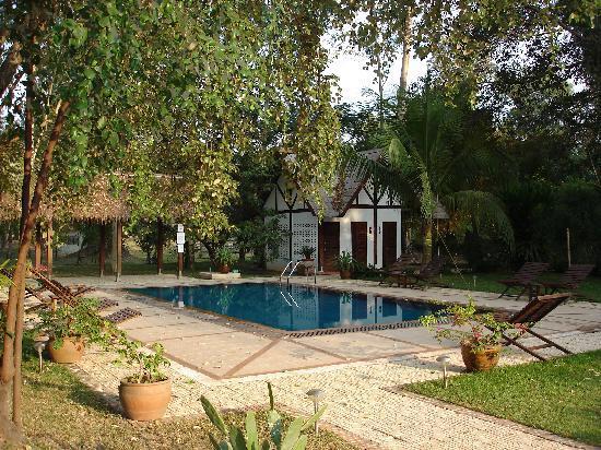 Ban Sufa Garden Resort: wunderschoener Pool