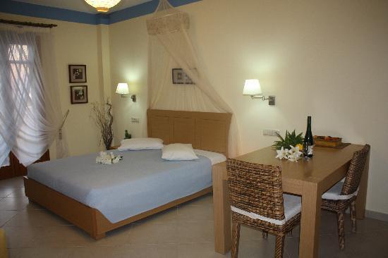 Margaritari Hotel : honeymoon suite 2