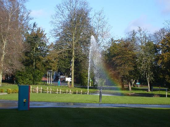 Hidden rainbow in the fountain
