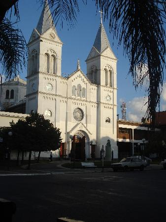 Hotel Salto Grande: Catedral de Concordia