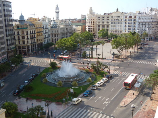 Melia Plaza: pza ayto desde balcon