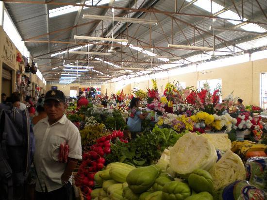 Valladolid, Mexiko: Market, Stop #1 on Bike Tour
