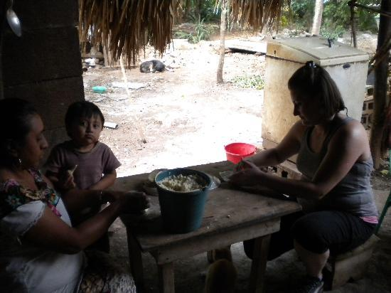 MexiGo Tours : Making Tortillas, Another Stop