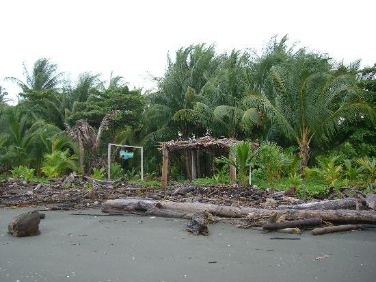 Oceano Cabinas Bar & Restaurant: Beach entrance