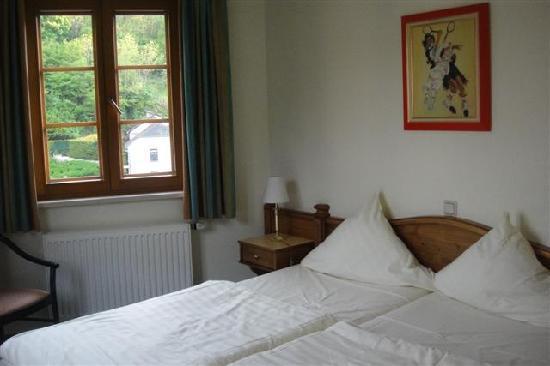 Hotel Petry: お部屋(小さいほうの寝室)