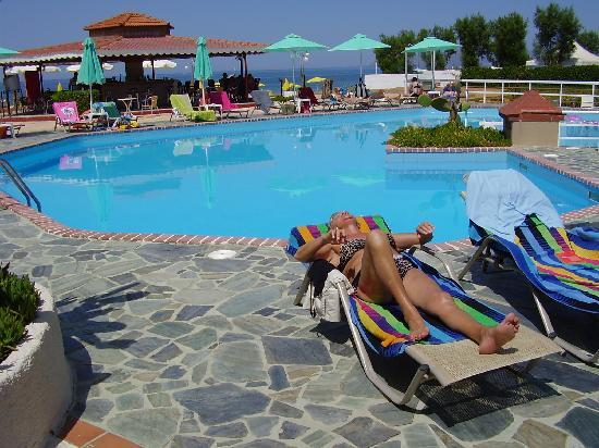 Stalos, กรีซ: Pool på hotelet