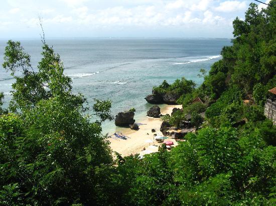 Padang-padang Inn: Padang Padang Beach sur du pont